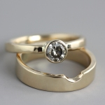 YellowGoldWeddingSetGreyDiamond3